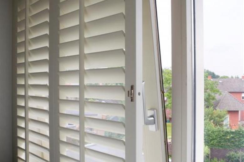 JASNO skodder dreje-kip-vinduer
